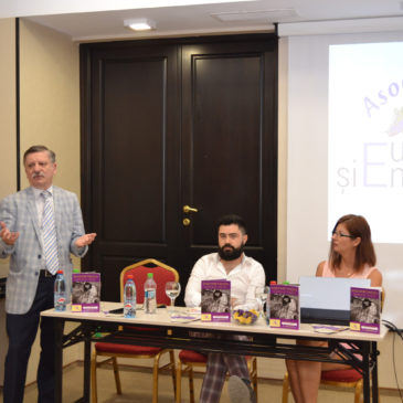 Cronica Lansării Ghidului Endometrioza Inamicul Tăcut la Iași