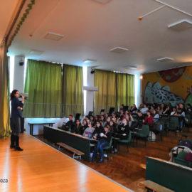 ENDOMETRIOZA – DE LA ADOLESCENTA DE AZI LA FEMEIA DE MÂINE! – conștientizare la Școala Generală nr. 128 București