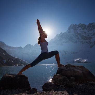 De ce să practicăm Yoga în Endometrioză?