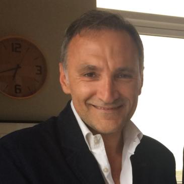 """Interviu Prof. Dr. Horace Roman: """"Vorbim de """"recidivă"""" atunci când apare o nouă leziune pe rectul operat"""" – Partea I"""
